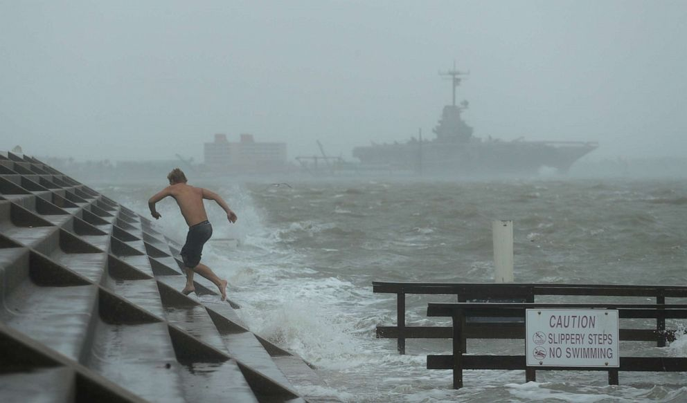 Hanna Kasırgası Teksas'ta