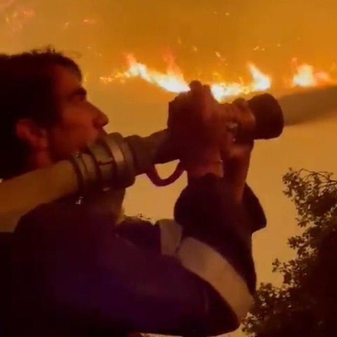 Yıldız oyuncu Milas'ta yangın söndürme çalışmalarına katıldı – Haber  İskelesi