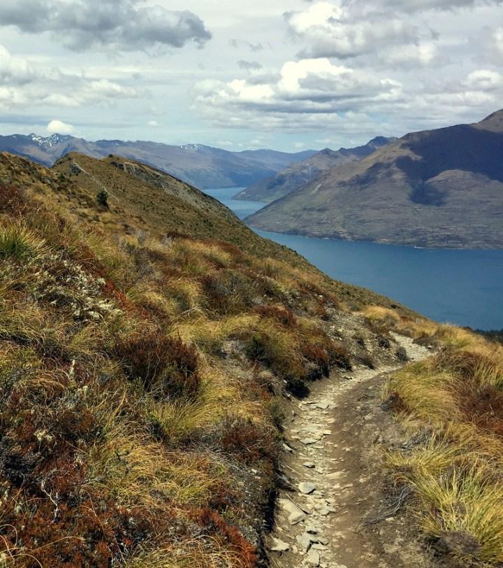 gravel-path-ben-lomond-track