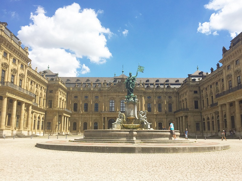 A view of the front of the Würzburg Residence.