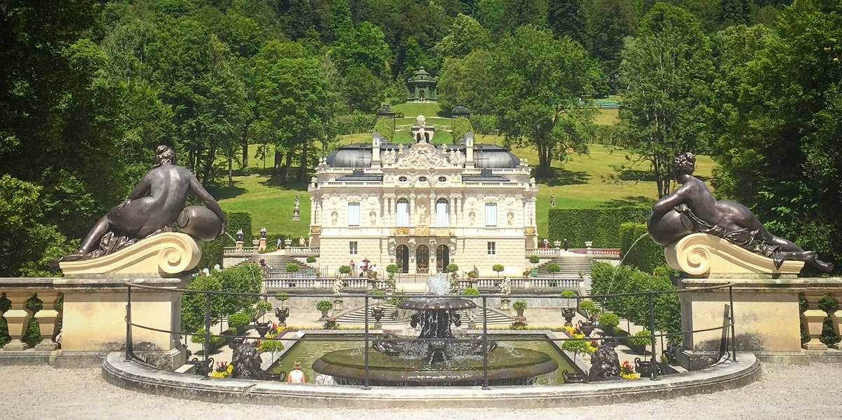 5 Reasons to Visit Linderhof Palace in Ettal, Germany - Habits of ...