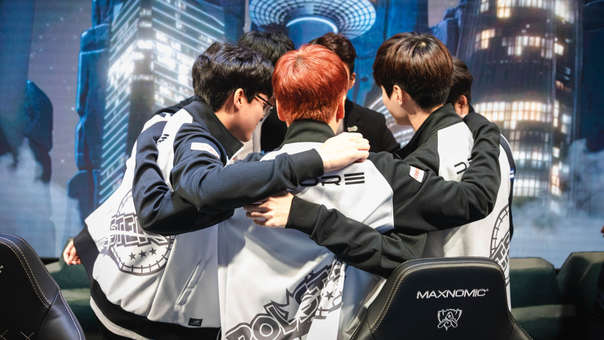Invictus Gaming elimina a KT Rolster de Worlds 2018