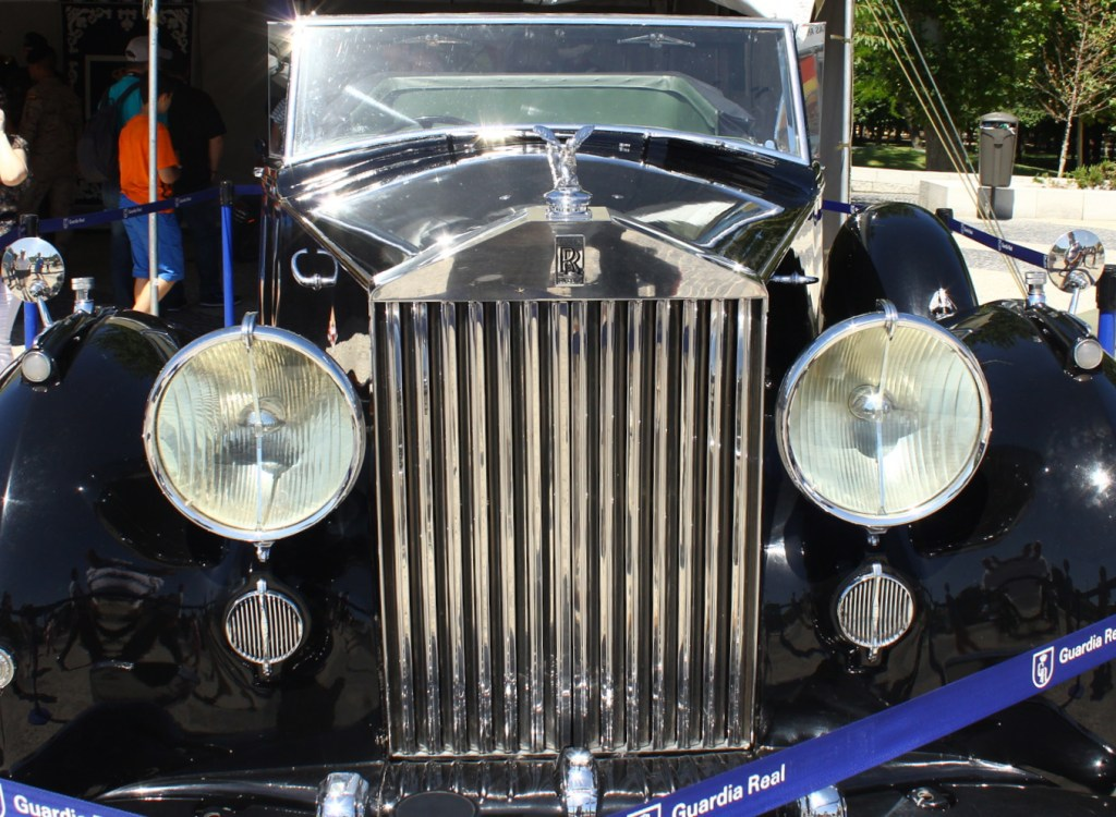 Rolls_Royce; Calandra; Partenon; frontal; diseño