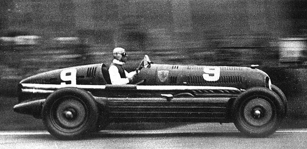 Dos_Motores; Alfa_Romeo; Alfa_Romeo_16C_Bimotore; BImotore; Coches_con_dos_motores