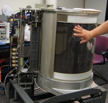 IBM 350 негізінде RAMAC (Дереккөз: Компьютер тарихы мұражайы)