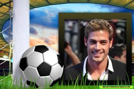 Fotomontaje de pelota futbol