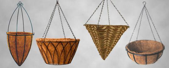 maceta d hierro con malla de coco para plantas colgantes
