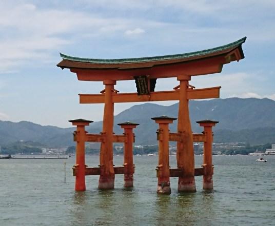宮島 厳島神社の鳥居