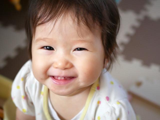 赤ちゃん 歯 が 生える