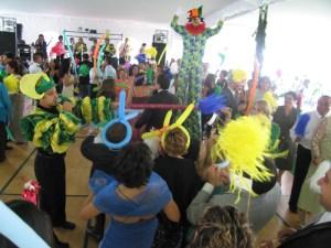 Las botargas se suman a la fiesta la Hacienda Villejé.