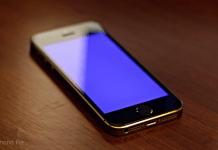 Bluescreen auf iPhone 5s - BSOD - Bluescreen of Death - iOS 7 - iOS 7 Entschlüsselt - beheben - Anleitung - Tipp - Trick - iWork Bug - Fix - 7.0.2 - Hack4Life