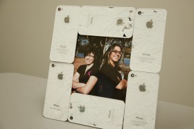 Twice Used - Kickstarter - iPhones - Bilderrahmen