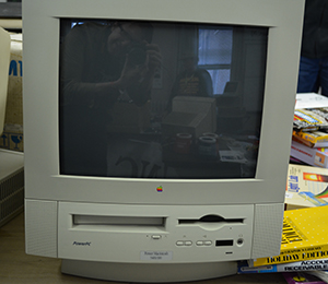 The asking price for this Mac 5400/200 was $10. I had that much in my wallet and space in my car. The X400 series of macs simply sucked. A lot.