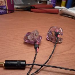 DIY Custom Molded Earbud Roundup | Hackaday