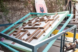 Marble maze, controlled by seesaw!