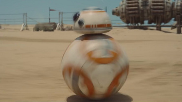 BB-8 in 1st Star Wars: The Force Awakens trailer
