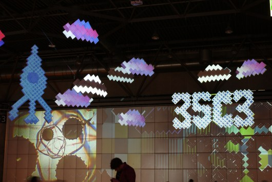 Projection-mapping everywhere