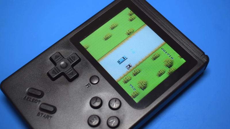Teardown: 168-in-1 Retro Handheld Game