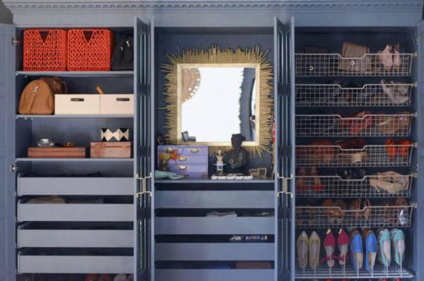 Ikea Pax Mirrored Door Wardrobe Hack