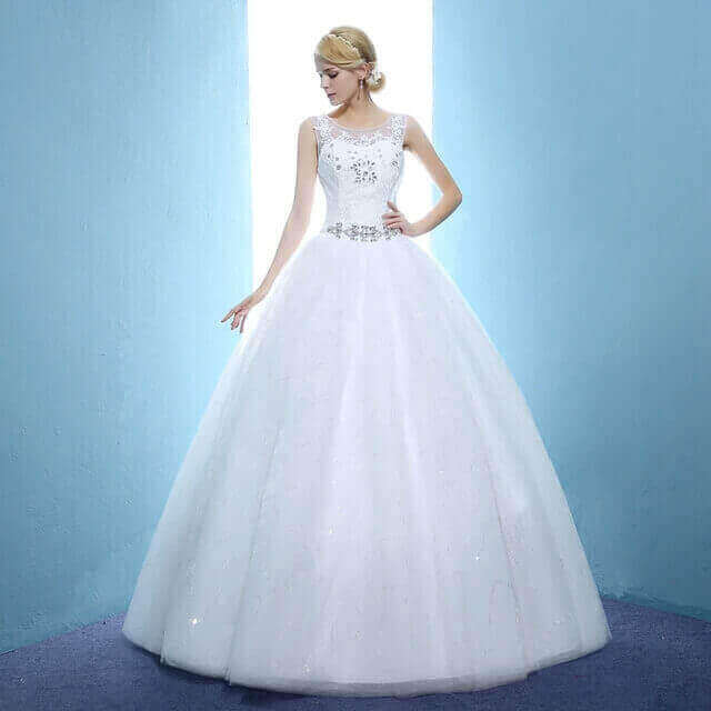 Rent A Gown For Wedding: Ball Wedding Gown For Rent In Lagos