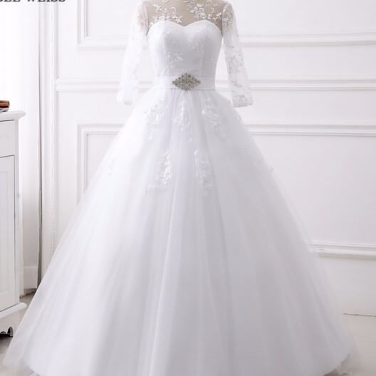 Rent Ball Wedding Gown With Sleeves In Nigeria