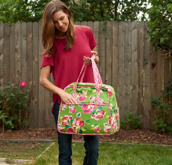 2517_Amy-Butler-Weekender-Bag-Bright-Heart-Pink-1443635642899