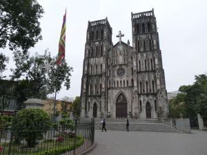 Die moderne französische Kathedrale aus der Kolonialzeit