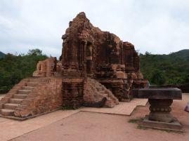 Ein völlig überrestaurierter Tempel