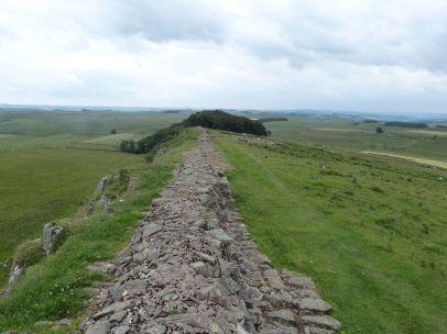 Die Mauer entlang