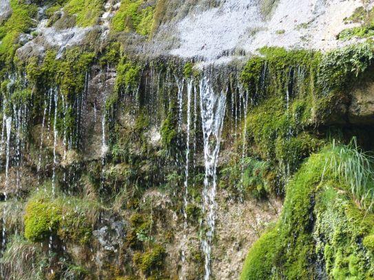 Wie ein zarter Vorhang: der Boka-Wasserfall