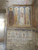 Heilige in Seitenkapelle