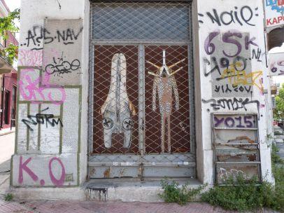 Street Art an einem leerstehenden Laden