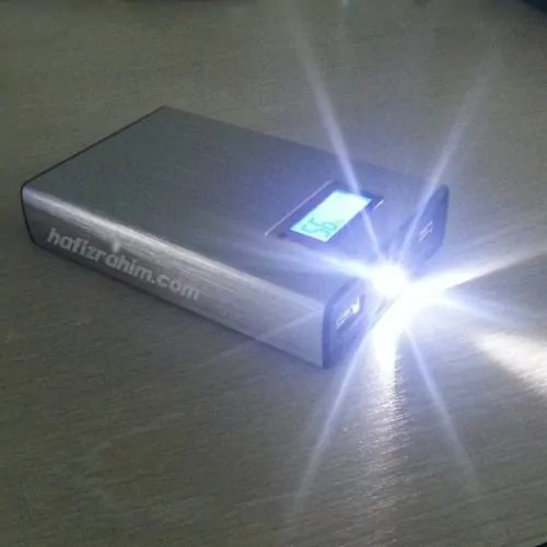 led flash pineng powerbank