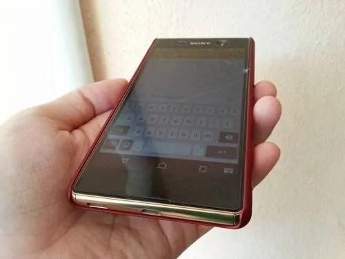 Skrin Sony M5 Pecah