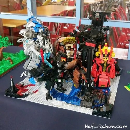 Model LEGO