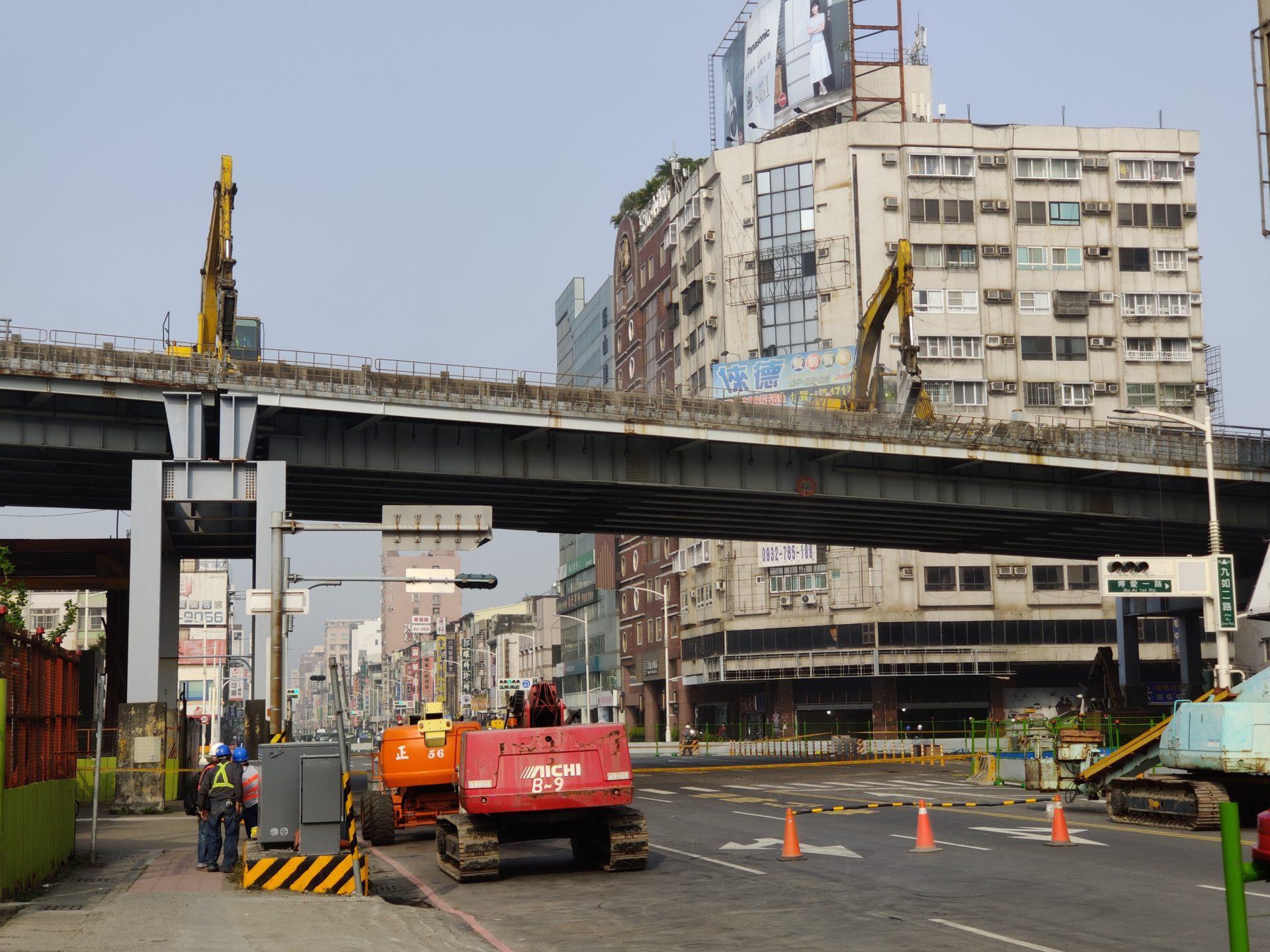 ZhongBo Bridge Dismantling