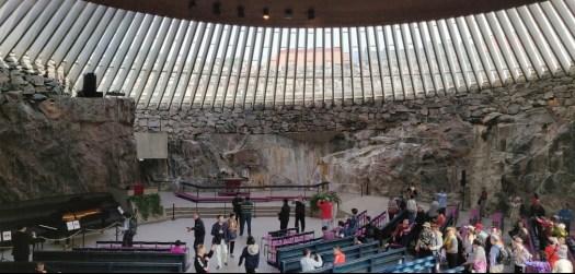 Die faszinierende Felsenkirche von innen