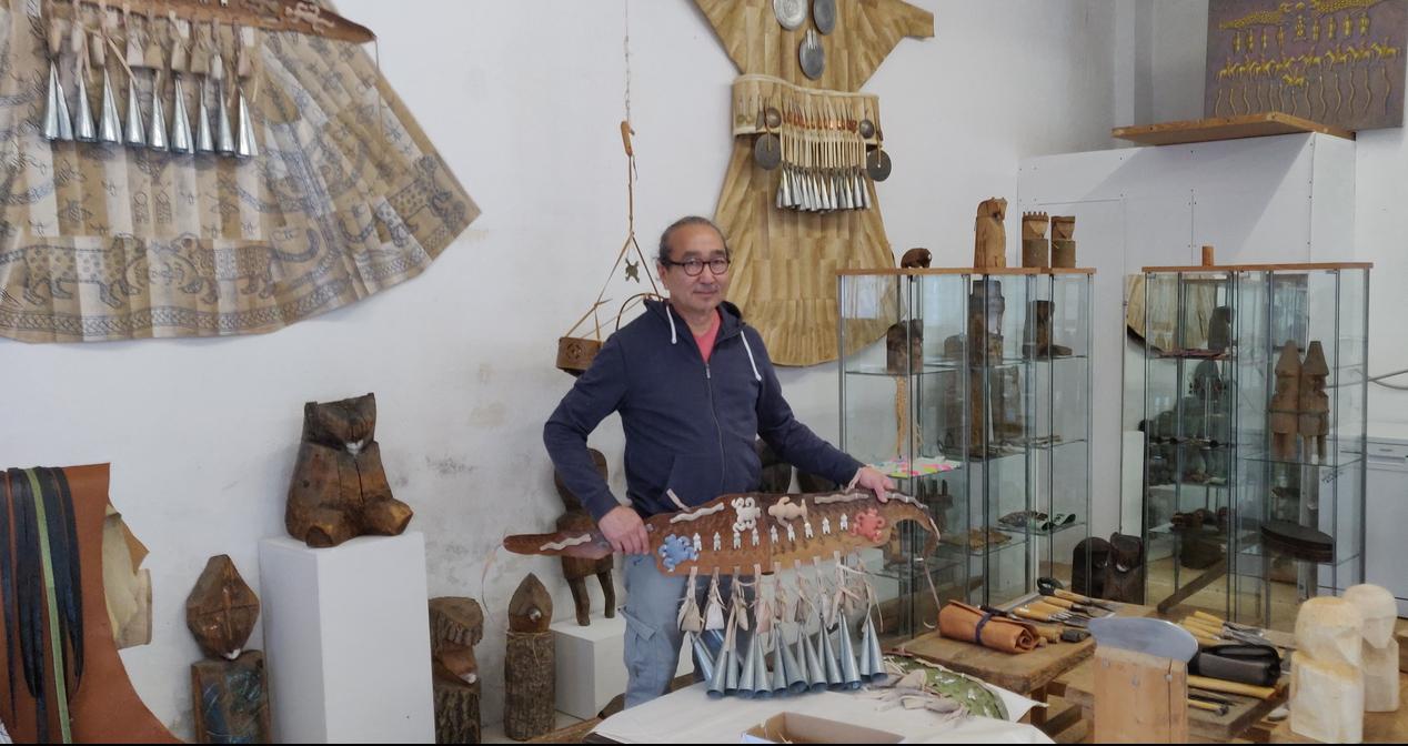 Anatol Donkan in seiner Werkstatt