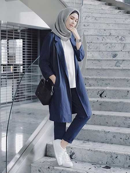Inspirasi blazer wanita - blazer and pant set