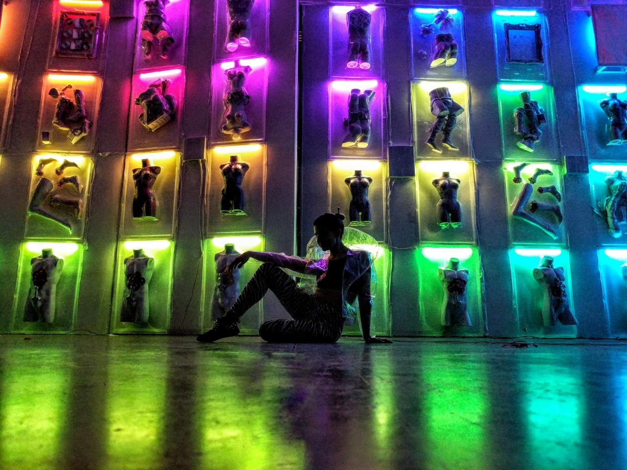 multi-color-LED-acrylic-sculpture