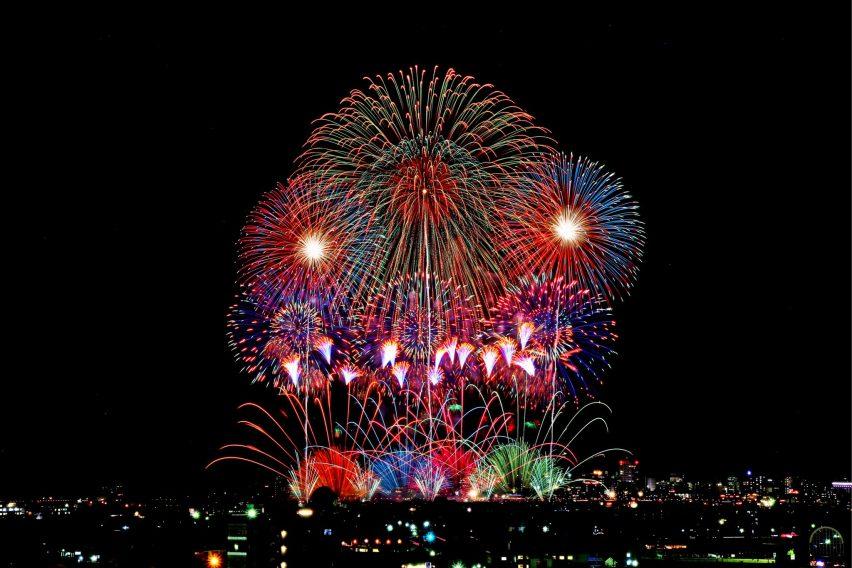 Festival kembang api di Nagaoka Jepang
