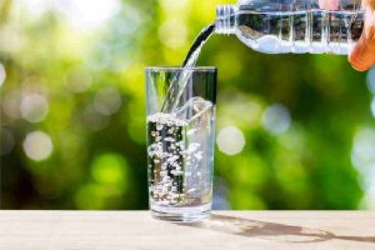 Air putih baik untuk kesehatan dan kecantikan
