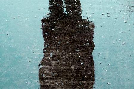 冬の季語『初氷(はつごおり)』