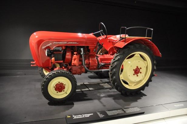 Porsche Tractor