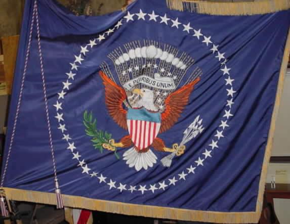 ReaganBush Presidential Flag Set