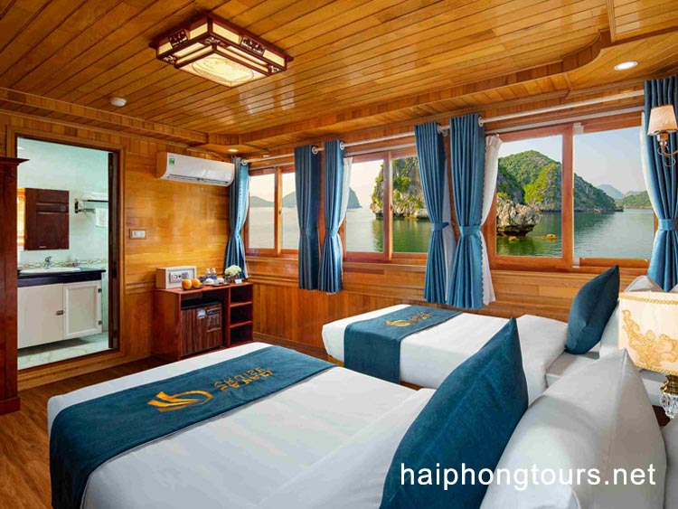 Twin room in La Paci cruise
