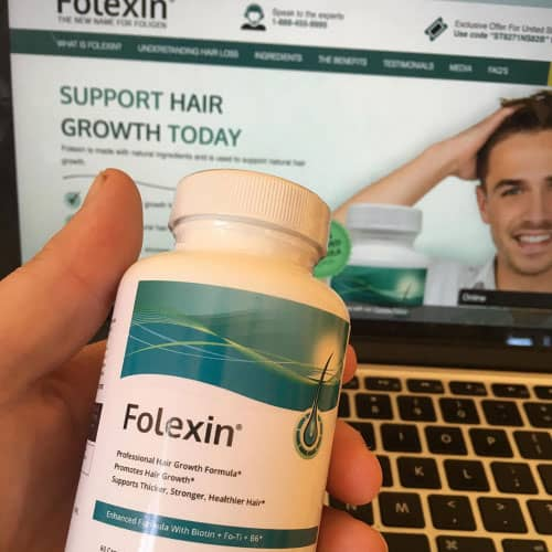 A Folexin review of how the bottle looks when holding it in your hand.