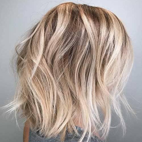 Wavy-Hair Best Short to Medium Hairstyles for Fine Hair