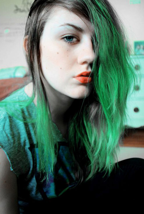 Manic Panic Green Envy Hair Colar And Cut Style