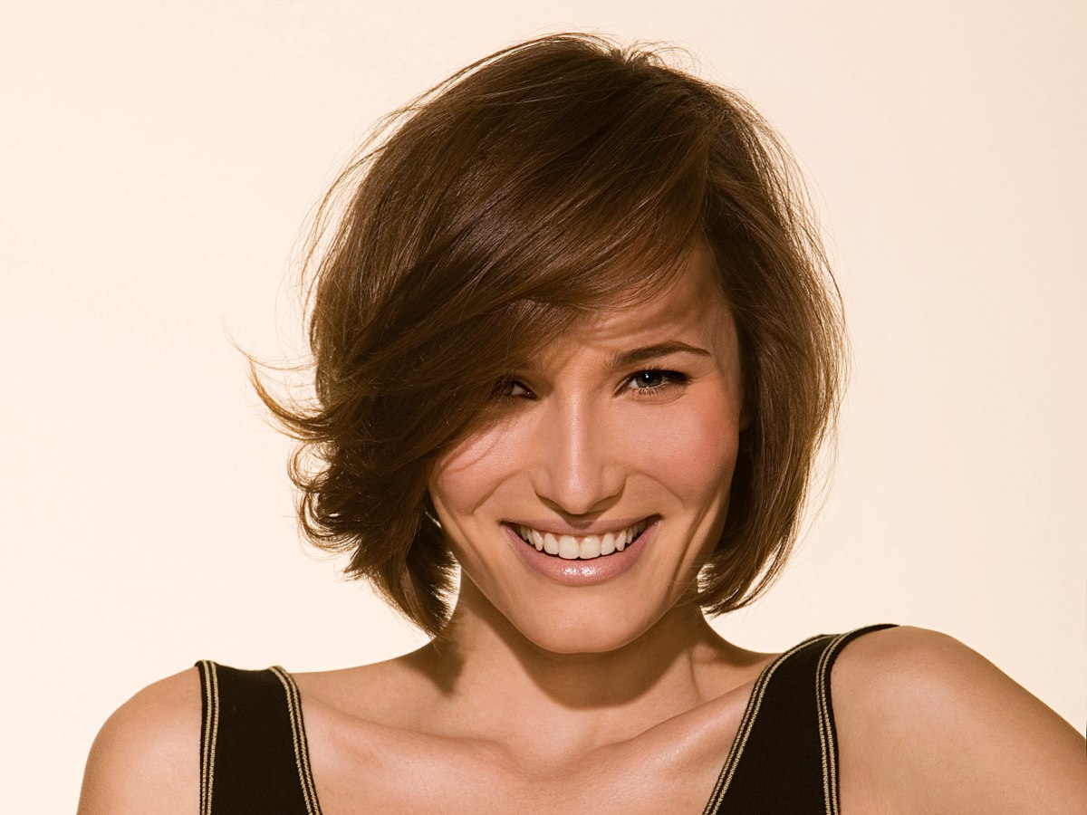 Adorable Chin Length Hairstyle With Playful Layers